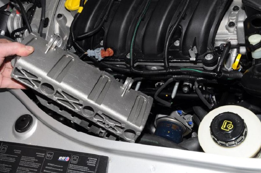 Замена фильтра Renault Duster